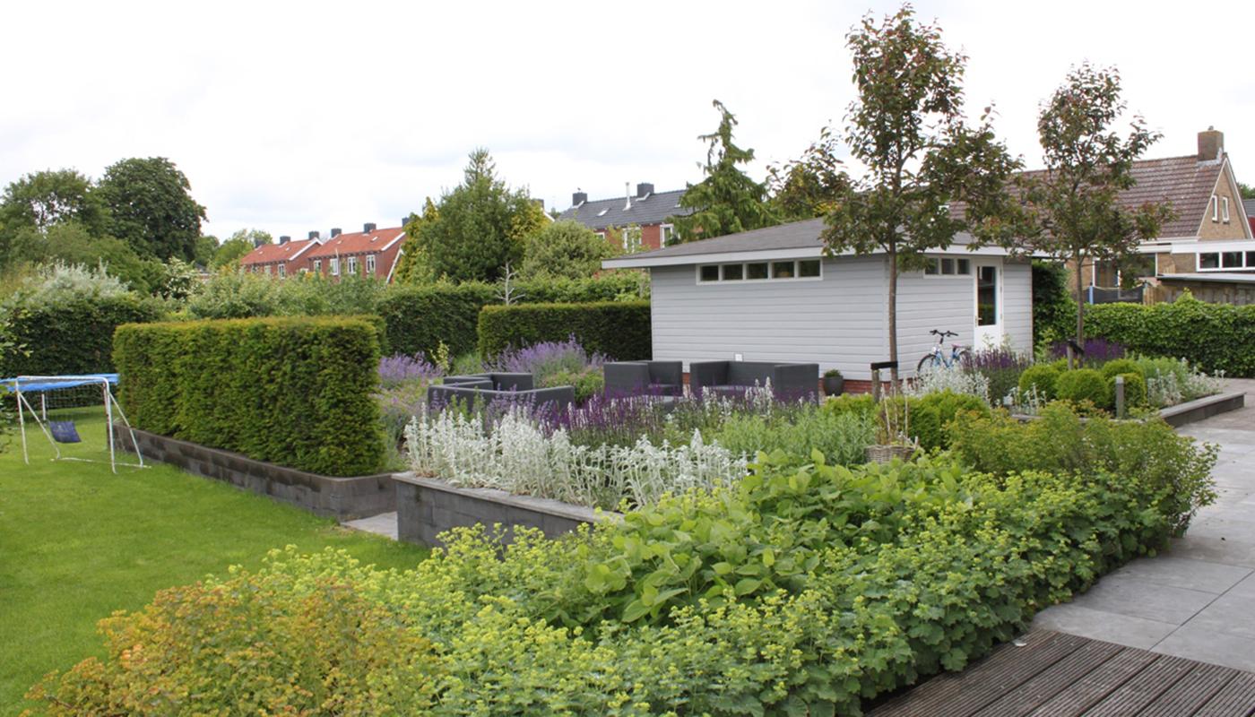 Tuin ontwerp strakke villatuin moderne villatuin met sfeervolle